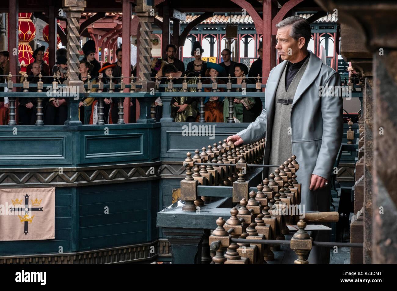 Prod DB © Larry Horricks - Appian Way - Lionsgate - Safehouse Pictures - Thunder Road Pictures / DR ROBIN DES BOIS ROBIN HOOD de Otto Bathurst 2018 USA Ben Mendelson. aventure; adventure; moyen age; middle age; XIIIeme siecle; 13th century; 1200's; Sheriff of Nottingham; Sheriff de Nottingham - Stock Image