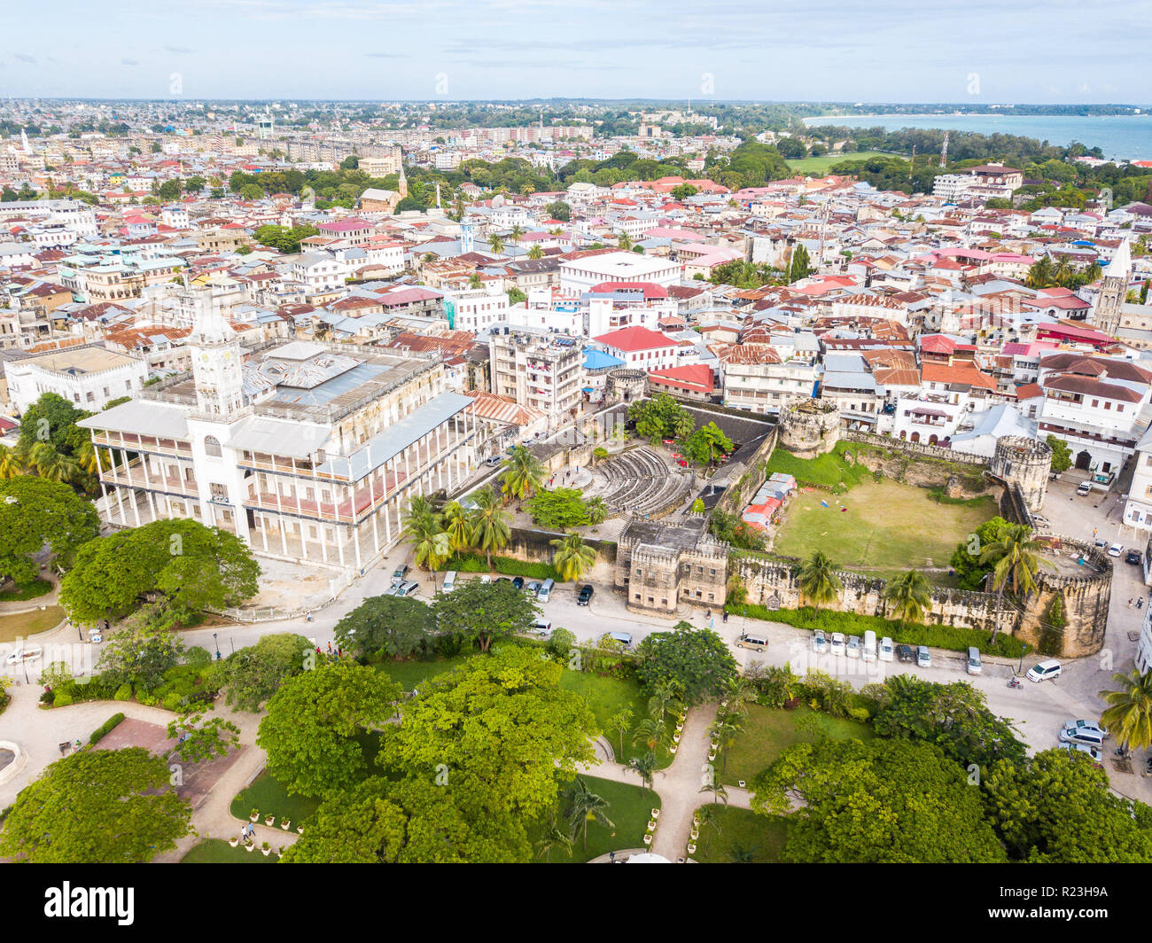 House of Wonders. Old Fort (Arab Fort built by Sultan of Oman). Stone Town, old colonial center of Zanzibar City, Unguja island, Tanzania. Aerial view - Stock Image
