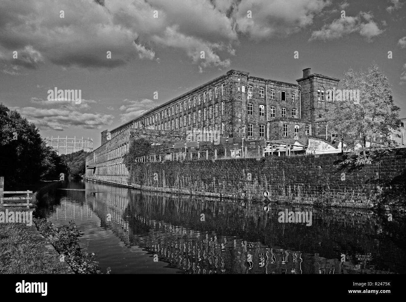 Tunstill Mill, one of tjhe Brierfield Mills, in traditional monochrome - Stock Image