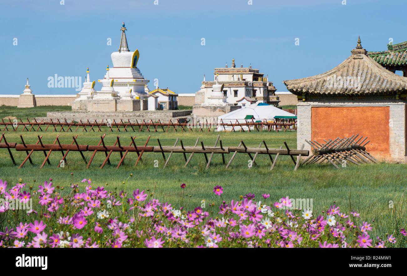 The Golden Stupa at Erdene Zuu Monastery, Mongolia - Stock Image