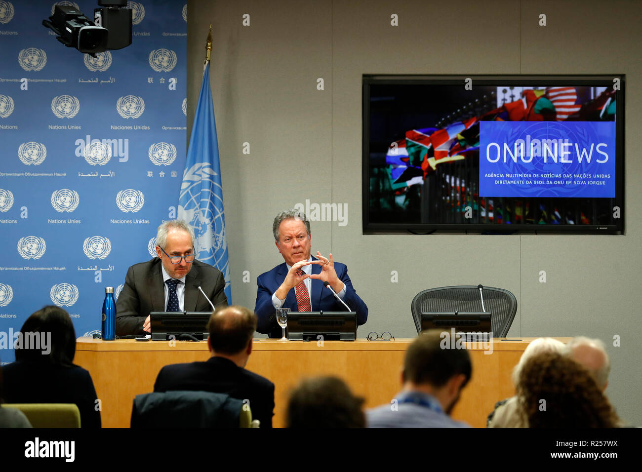 United Nations United Nations Headquarters In New York 16th Nov 2018 David Beasley R Rear Executive Director Of The World Food Programme Wfp Briefs The Journalists On His Recent Trip To Yemen