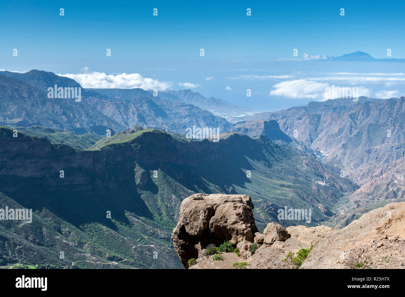 Views of the Mount Teide, in Tenerife Island, form the Nublo Rural Park, in the interior of the Gran Canaria Island, Canary Islands, Spain Stock Photo