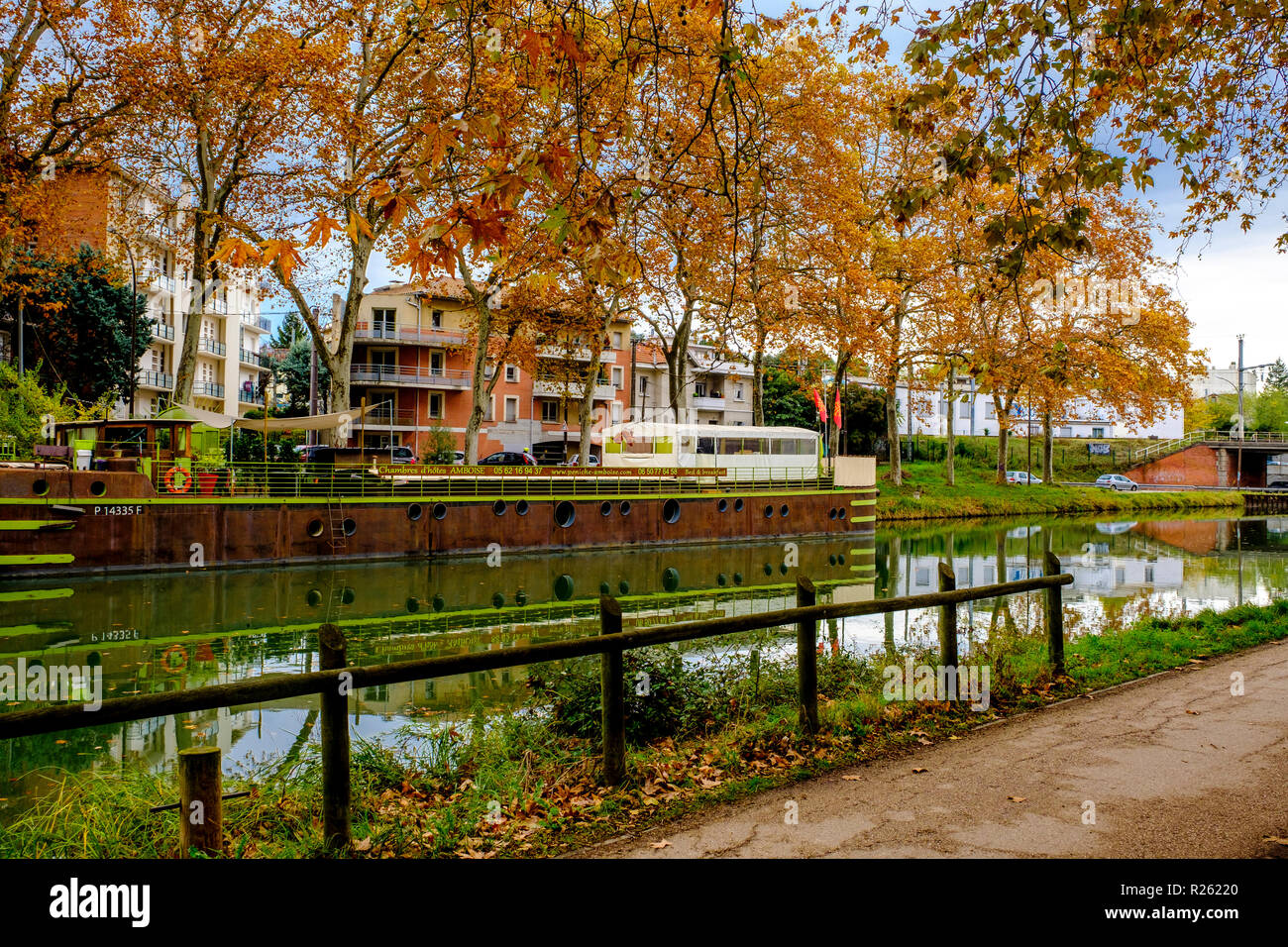 Pleasure craft on the Canal du Midi, Toulouse, France - Stock Image