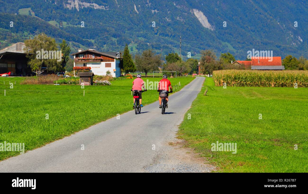 cycling in switzerland - Stock Image