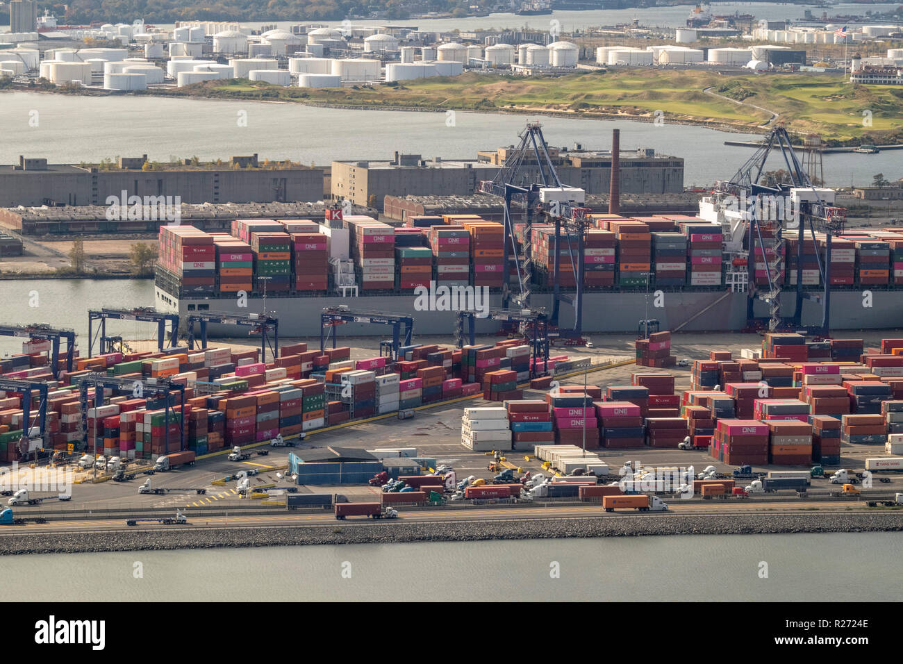 helicopter aerial view of GCT Bayonne container terminal, Bayonne, Jersey City, New Jersey, USA Stock Photo