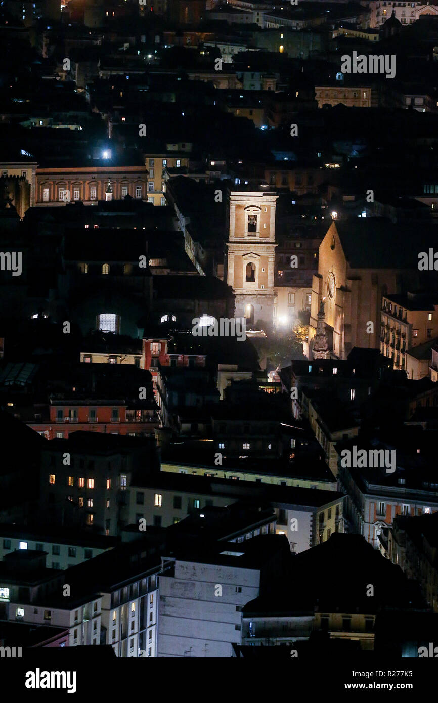 Napoli Di Notte High Resolution Stock Photography And Images Alamy