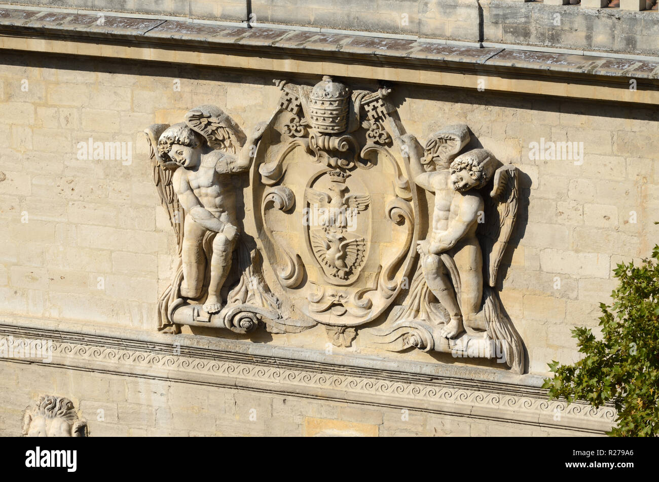 Coat-of-Arms of the Borghese Family or Baroque Facade & Sculpture of the Hôtel des Monnaies (1619) Mansion or Townhouse Avignon Provence - Stock Image