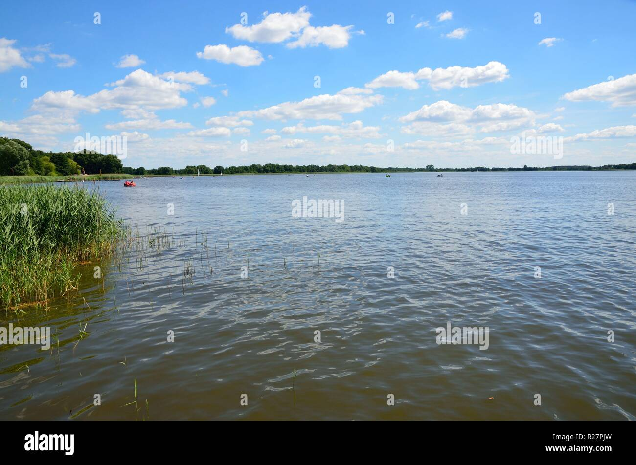 Landscape in Poland. Wielenskie lake in Wielen. Blue sky with single clouds and clean water. - Stock Image