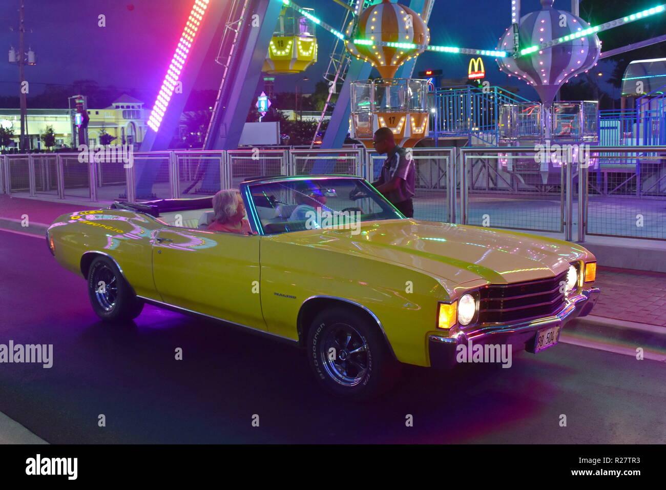 Car Show Orlando >> Orlando Florida November 02 2018 Nice Yellow Car In