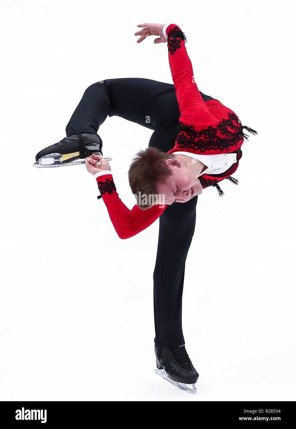 Moscow, Russia. 17th November 2018. MOSCOW, RUSSIA - NOVEMBER 17, 2018: Mikhail Kolyada of Russia performs a spin in his men's free skating programme at the 2018/19 ISU Grand Prix of Figure Skating Rostelecom Cup at Megasport Arena. Valery Sharifulin/TASS Credit: ITAR-TASS News Agency/Alamy Live News - Stock Image