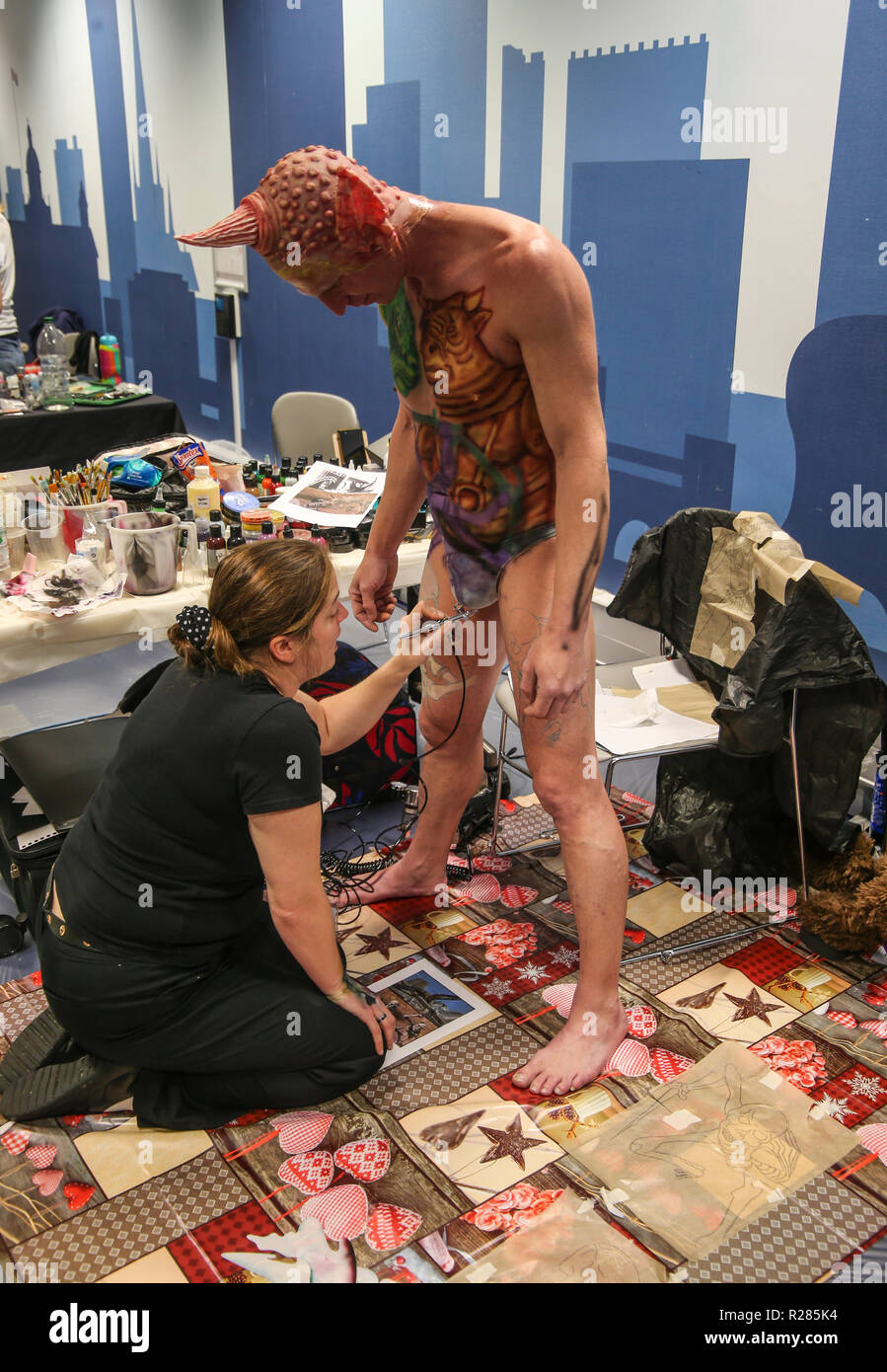 Birmingham UK 17 November 2018 Body Painters and models getting ready for the final showdown at the Body Art 2018@Paul Quezada-Neiman/Alamy Live News - Stock Image