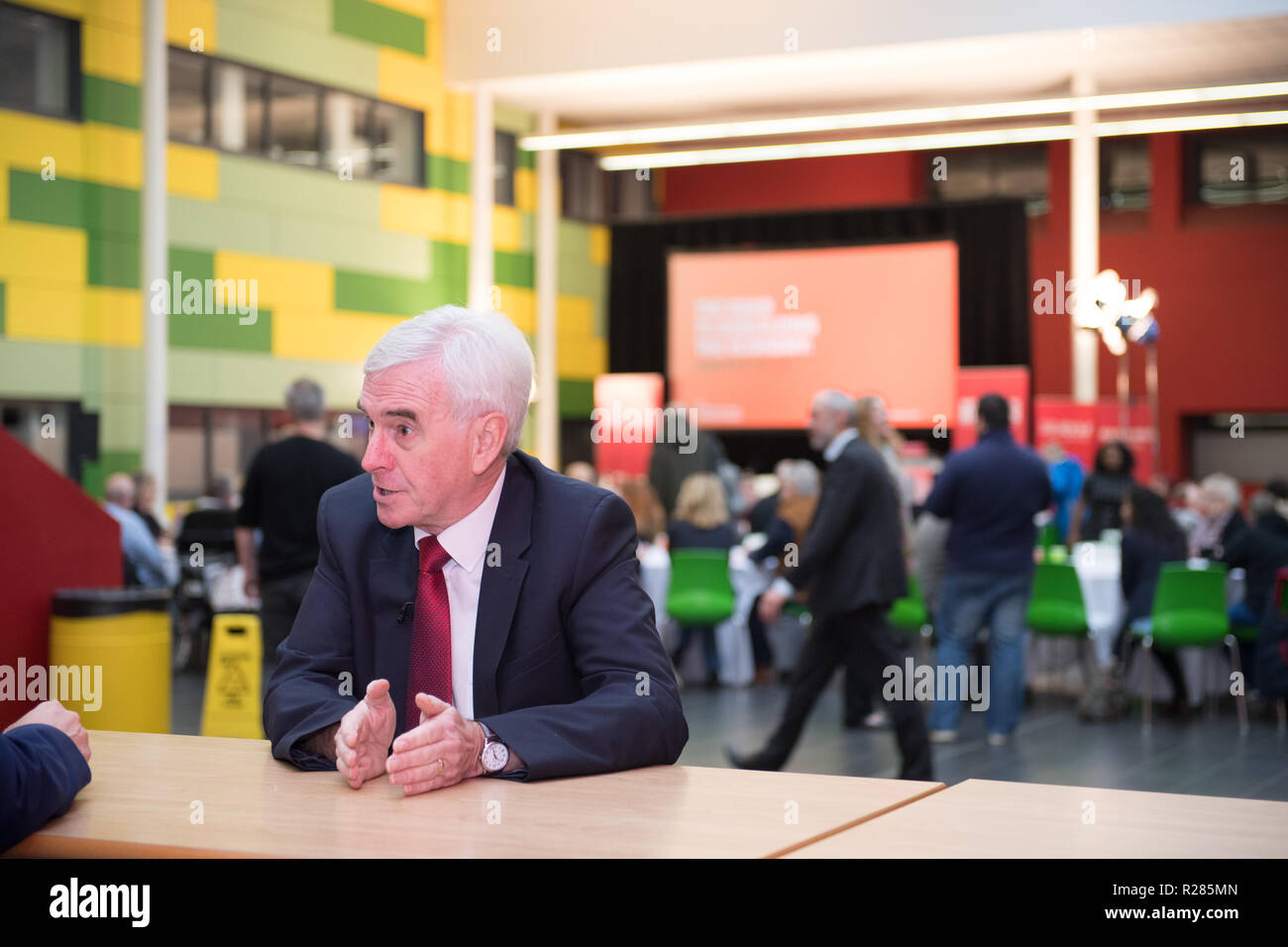 Mansfield, Nottinghamshire, England, UK. 17th November 2018. John McDonnell, Shadow Chancellor speaking in Mansfield, about the new policy 'The Road To Building The Economy'. These are a series of events looking at the impact of austerity on towns and at the tools and policies Labour will use to rebuild the economy. Alan Beastall/Alamy Live News Stock Photo