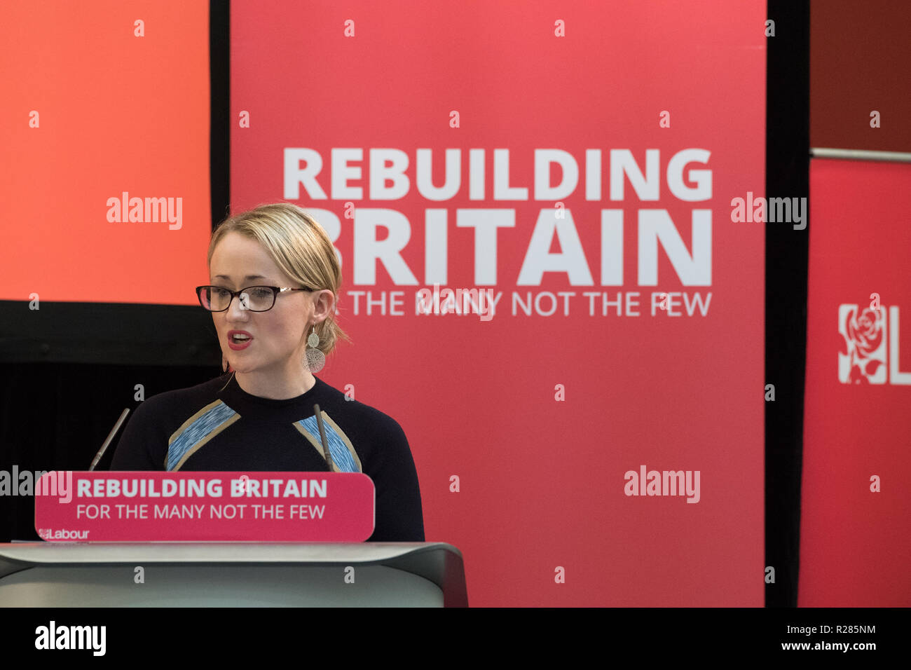 Mansfield, Nottinghamshire, England, UK. 17th November 2018. Rebecca Long-Bailey, Shadow Secretary of State for Business, Energy and Industrial Strategy in Mansfield, speaking about the new policy 'The Road To Building The Economy'. These are a series of events looking at the impact of austerity on towns and at the tools and policies Labour will use to rebuild the economy. Alan Beastall/Alamy Live News Stock Photo