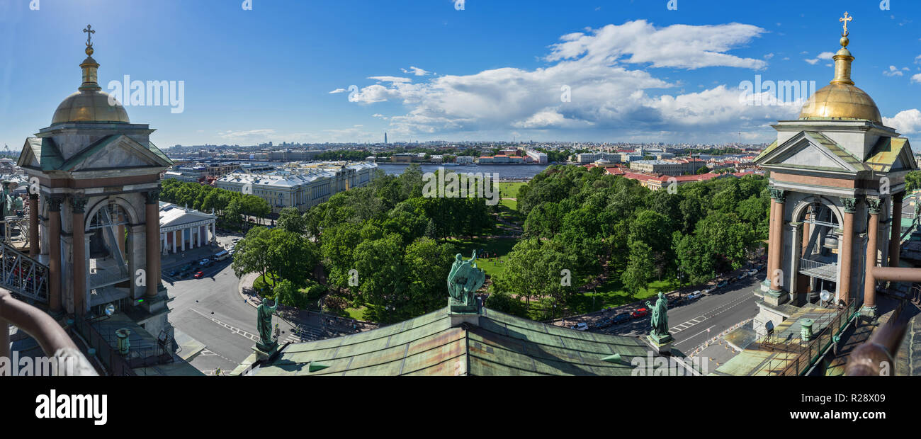 Panoramic view of Saint Petersburg, Russia, from the belfry level of Saint Isaac's cathedral. - Stock Image