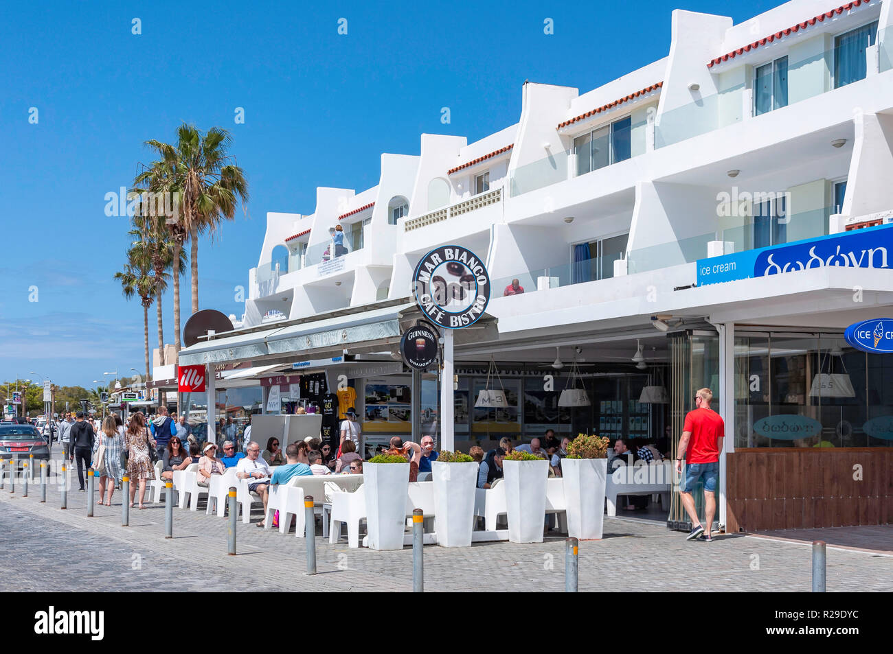 Mar Bianco Cafe Bistro, Poseidonos Avenue, Paphos (Pafos), Pafos District, Republic of Cyprus - Stock Image