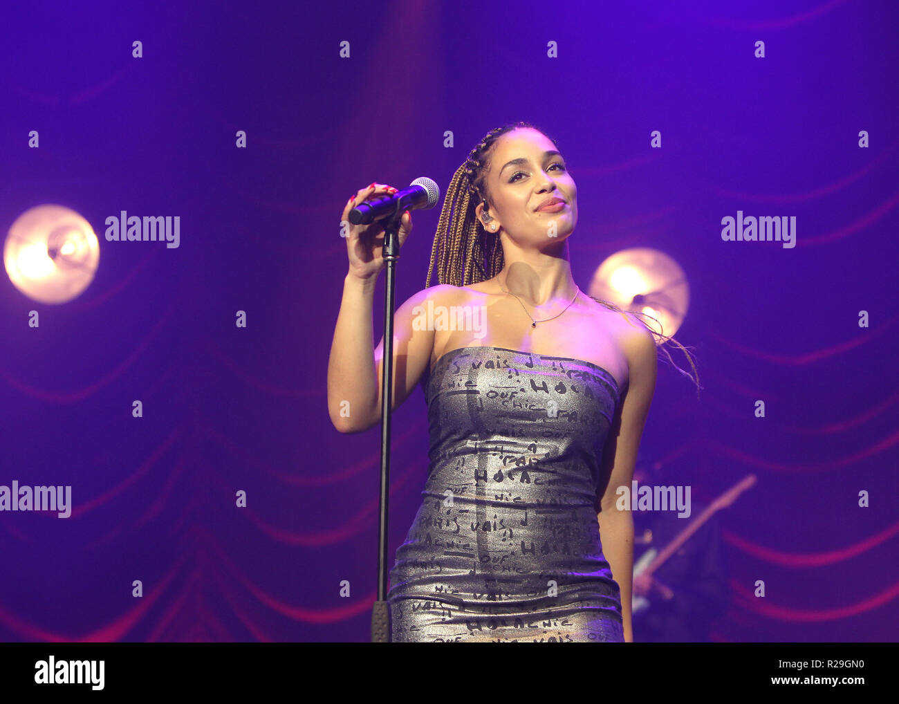 British singer/songwriter Jorja Smith performing on the first of two sold out night's at O2 Academy Brixton on Wednesday 17th October 2018 (Photos by Ian Bines/WENN)  Featuring: Jorja Smith Where: London, United Kingdom When: 17 Oct 2018 Credit: WENN.com Stock Photo