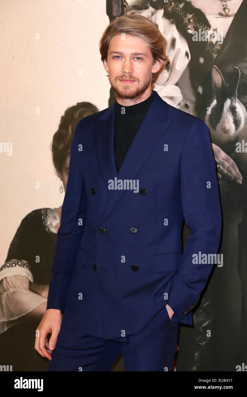 62nd BFI London Film Festival - 'The Favourite' - Premiere at the BFI Southbank  Featuring: Joe Alwyn Where: London, United Kingdom When: 18 Oct 2018 Credit: Mario Mitsis/WENN.com - Stock Image