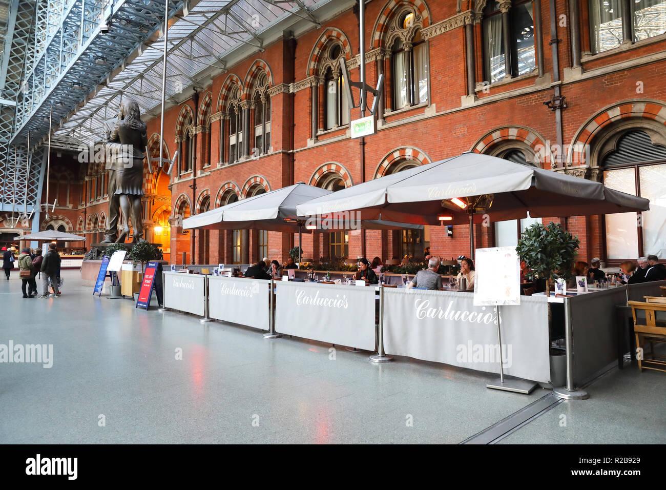Carluccio's restaurant at St Pancras International train station, in London, UK - Stock Image