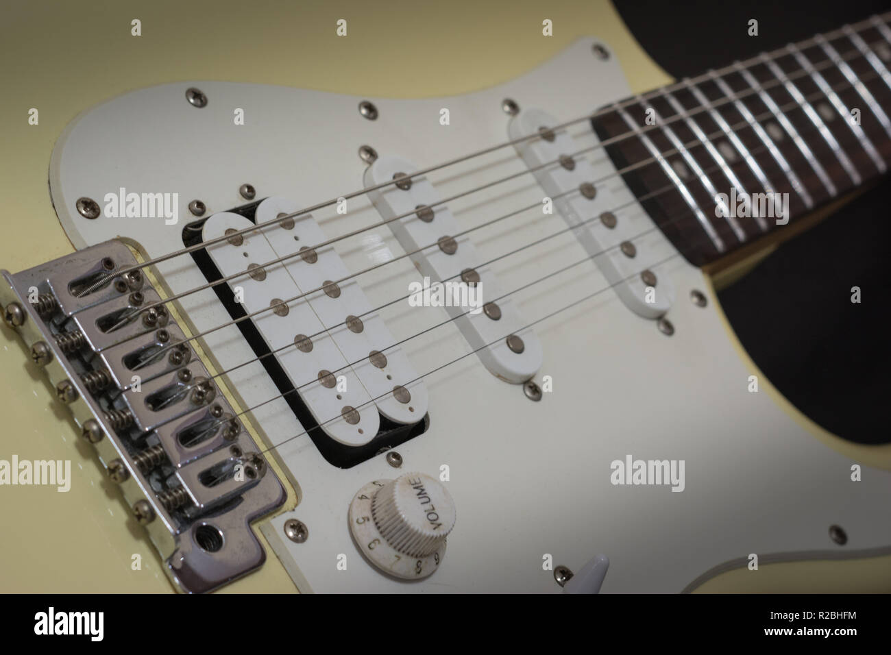 Guitar Solo Stock Photos & Guitar Solo Stock Images - Alamy