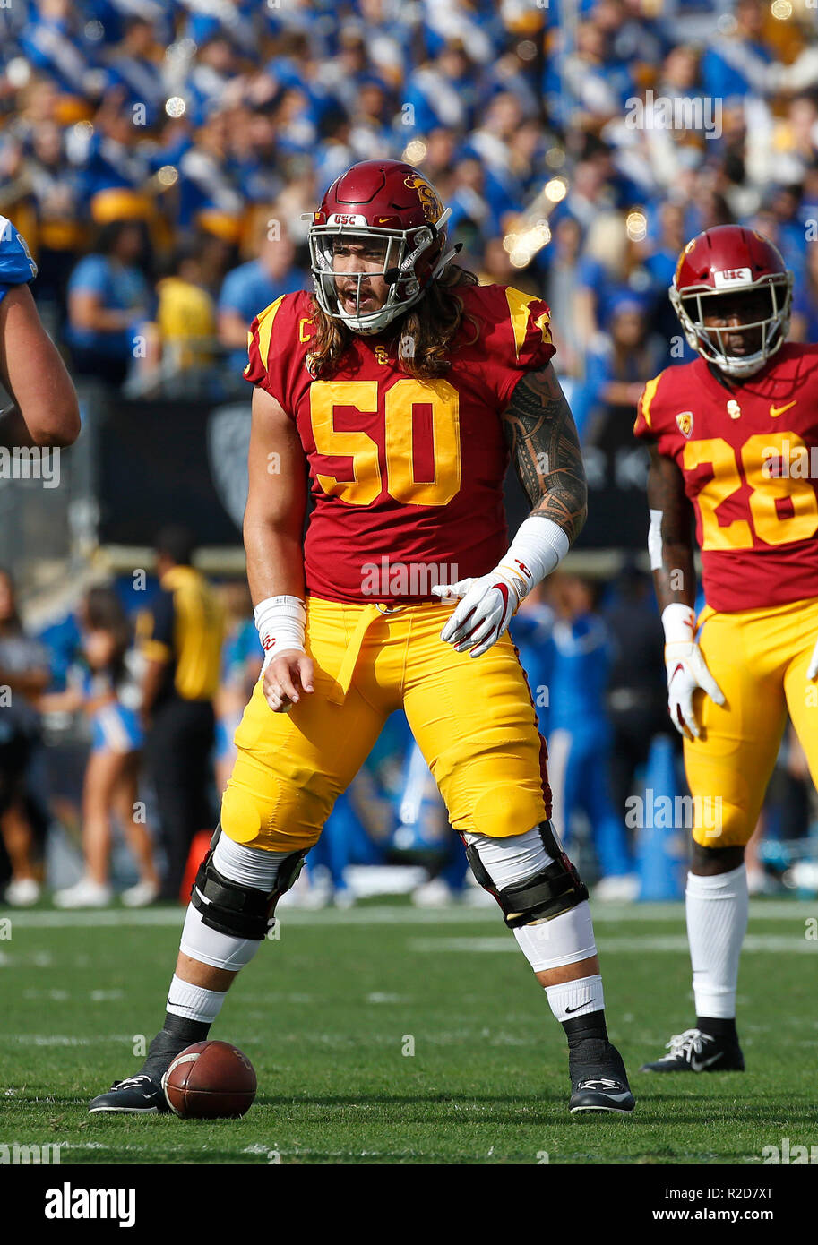 November 17, 2018 USC Trojans center Toa Lobendahn #50 in action during the football game between the USC Trojans and the UCLA Bruins at the Rose Bowl in Pasadena, California. Charles Baus/CSM - Stock Image