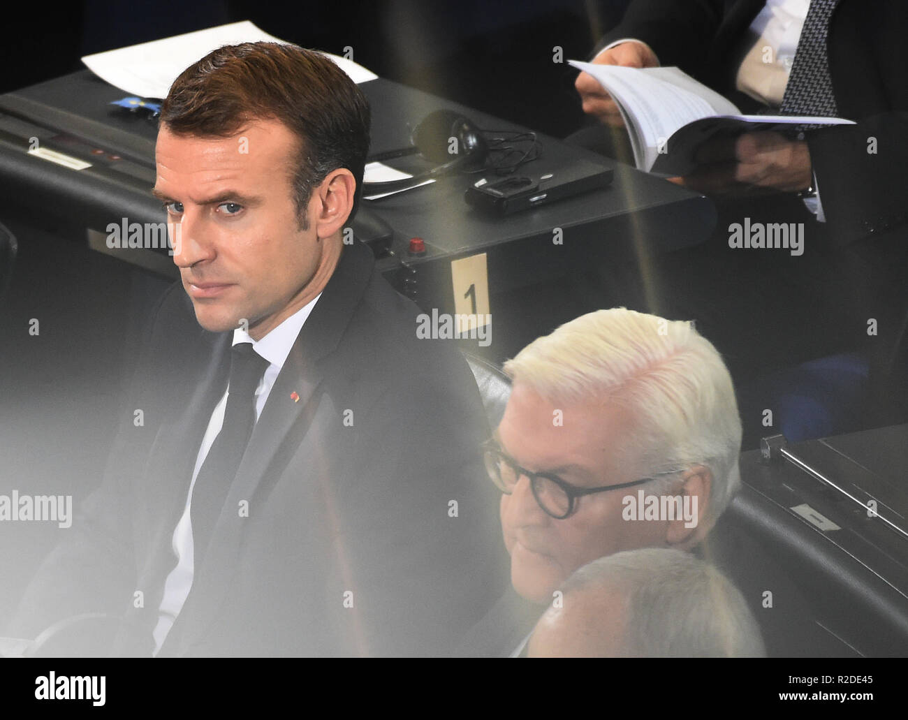 Berlin, Germany. 18th Nov, 2018. French President Emmanuel Macron participates in the Bundestag's central commemoration ceremony for the National Day of Remembrance. Right Federal President Frank-Walter Steinmeier. Credit: Gregor Fischer/dpa/Alamy Live News Stock Photo