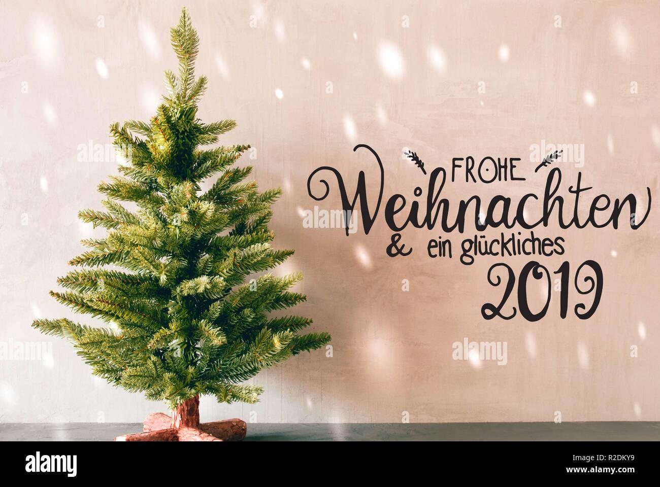 2019 Weihnachten.Green Tree Calligraphy Glueckliches 2019 Means Happy 2019