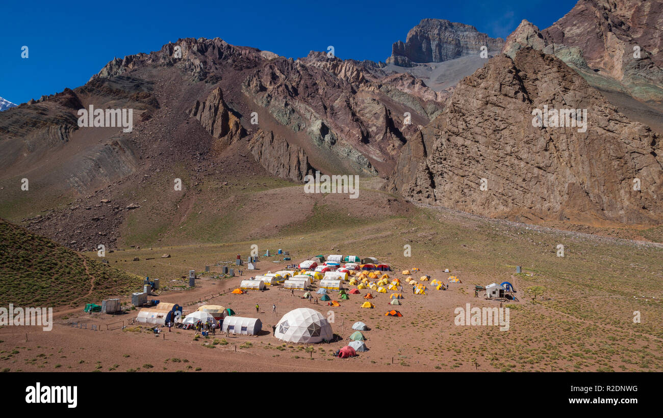 Panoramic view of Camp Confluencia inside Aconcagua Provincial Park - Stock Image
