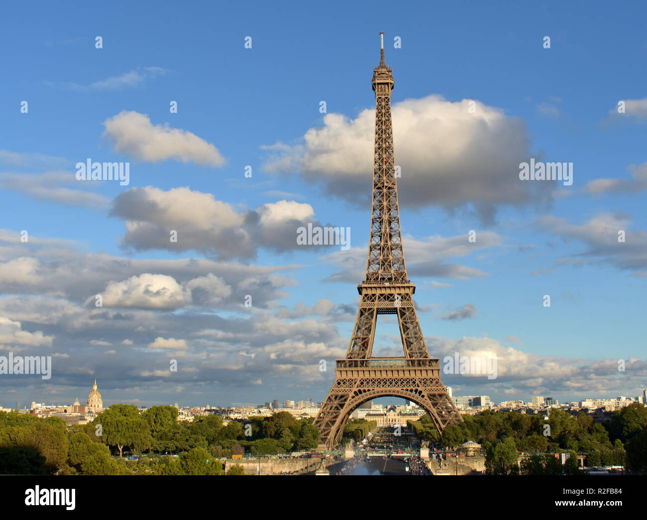 Paris. Eiffel Tower from Trocadero. Rainy day, sunset. - Stock Image