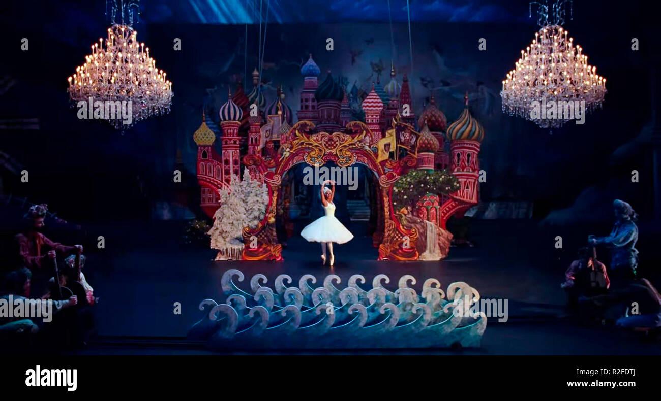 Prod DB © Walt Disney Pictures - The Mark Gordon Company / DR CASSE-NOISETTE ET LES QUATRE ROYAUMES THE NUTCRACKER AND THE FOUR REALMS de Lasse Hallstrom et Joe Johnston 2018 USA Misty Copeland. fantastique; fantastic; fantasy; ballerina; ballerine; danseuse; dancer d'apres l'histoire de E.T.A. Hoffmann based on the story 'The Nutcracker and the Mouse King' by E.T.A. Hoffmann - Stock Image