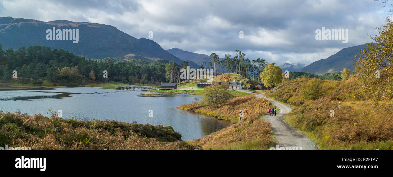 Autumn, Loch |Affric near Affric lodge, Glen Affric, Highland, Scotland. - Stock Image