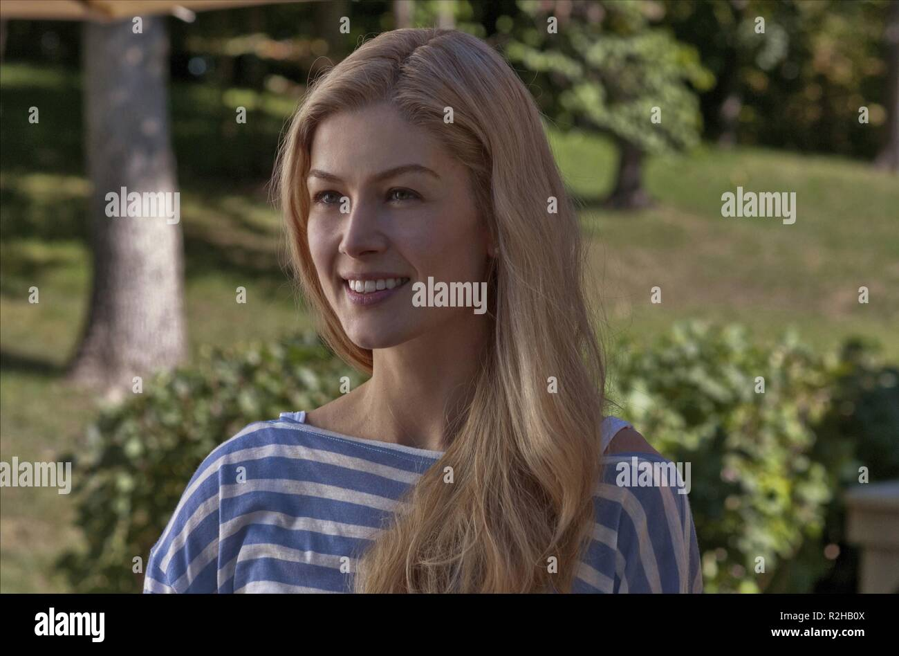 Gone Girl Year : 2014 USA Director : David Fincher Rosamund Pike - Stock Image
