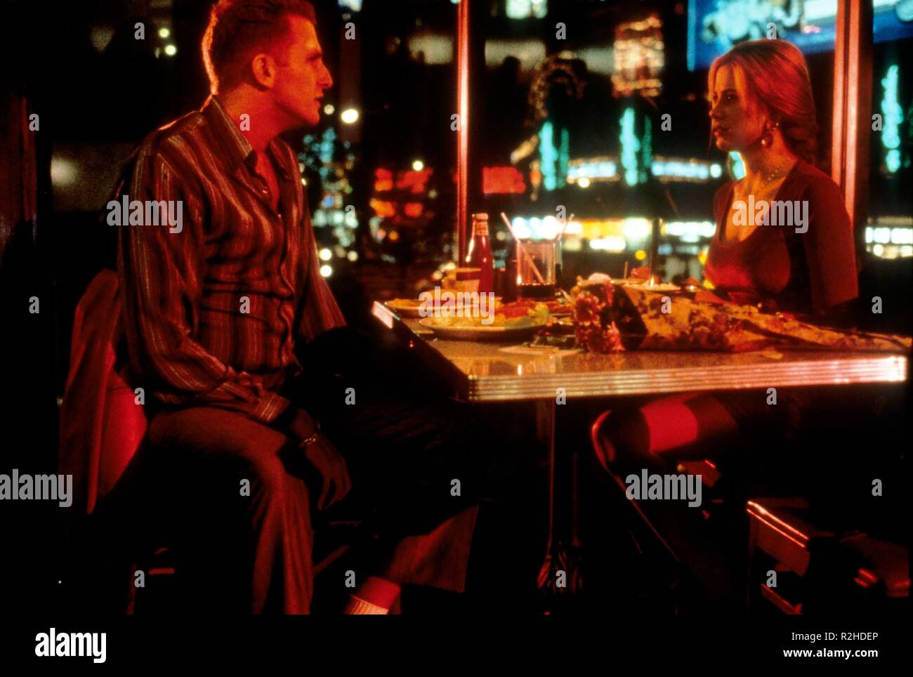 Mighty Aphrodite  Year : 1995  USA Director : Woody Allen Michael Rapaport, Mira Sorvino - Stock Image