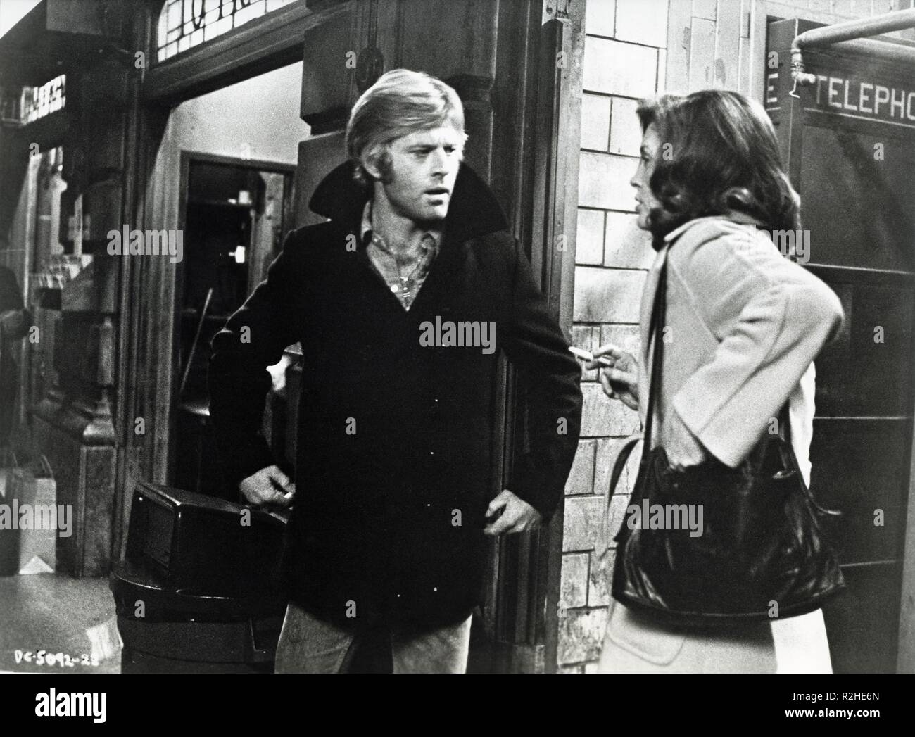 Three Days of the Condor  Year : 1975 USA Director : Sydney Pollack Robert Redford, Faye Dunaway - Stock Image