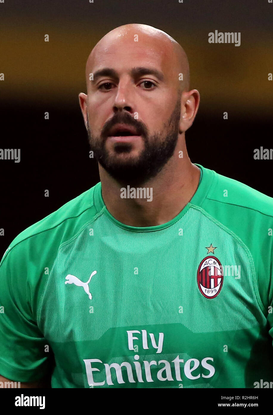 Pepe Reina High Resolution Stock Photography and Images - Alamy