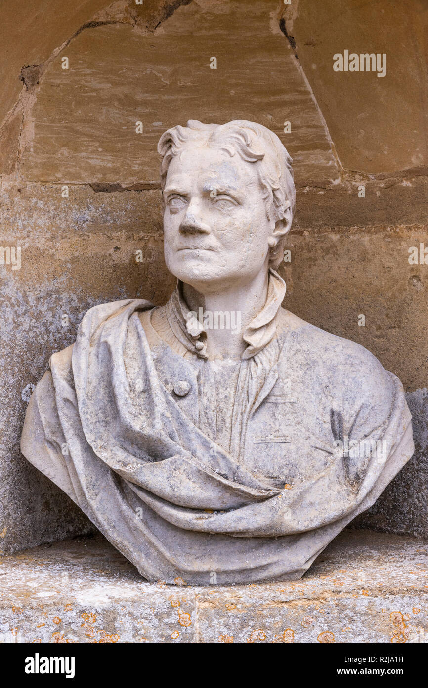 A bust of Sir Isaac Newton in The Temple of British Worthies in Stowe House Gardens, Buckinghamshire UK - Stock Image