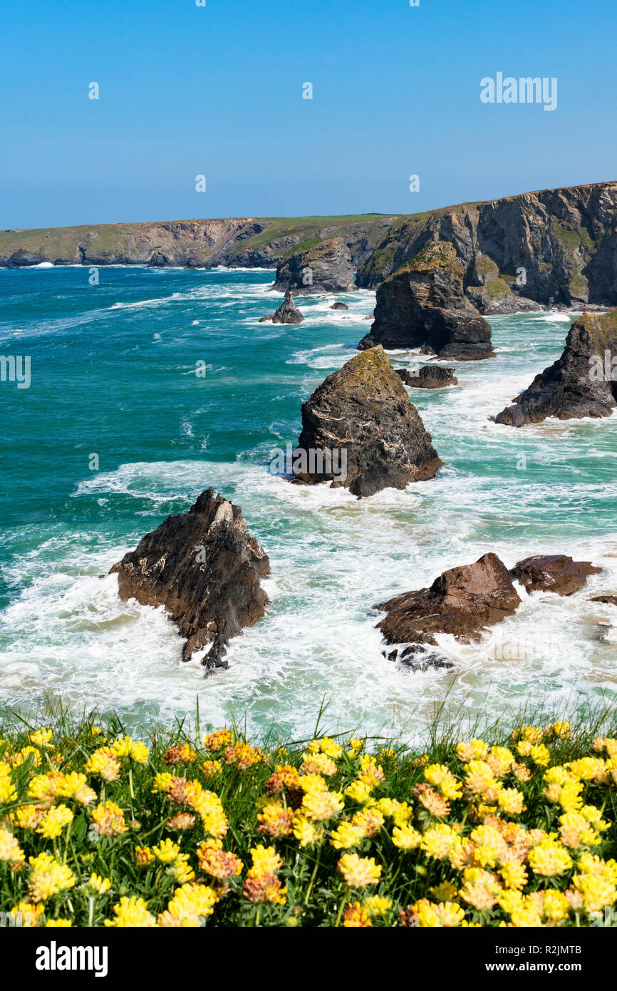 granite rock formation bedruthan steps on the north coast of cornwall, england, britain, uk. - Stock Image