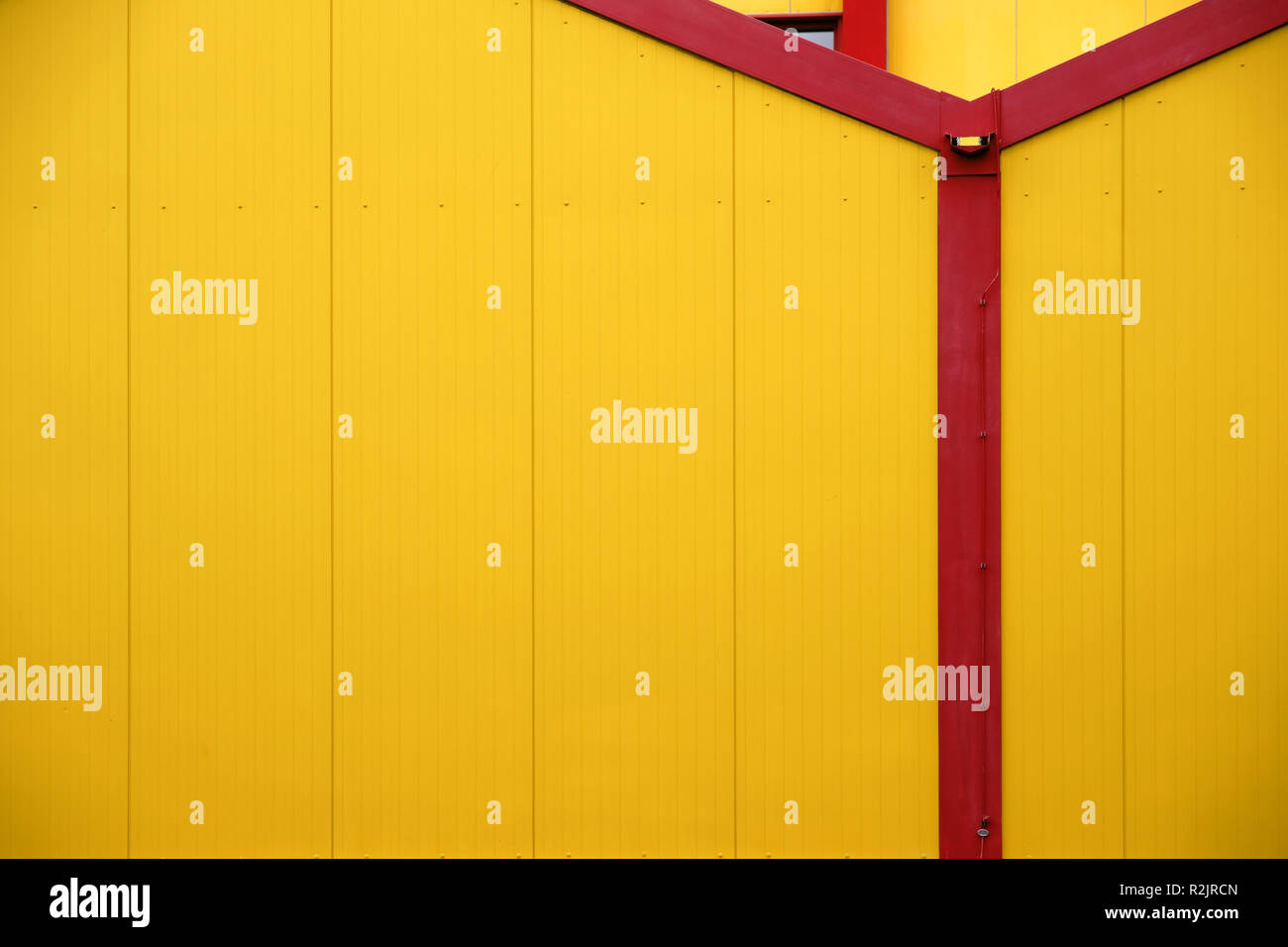 striking facade of a furniture and furnishing market - Stock Image