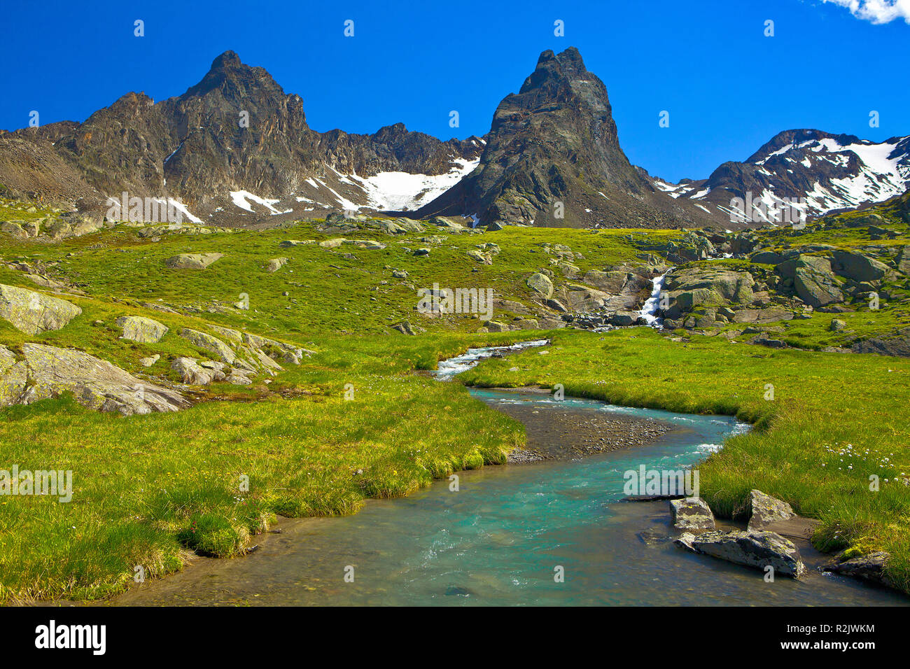 Austria, Tyrol, Ötztal Alps, mountain stream in the Glockturm ridge