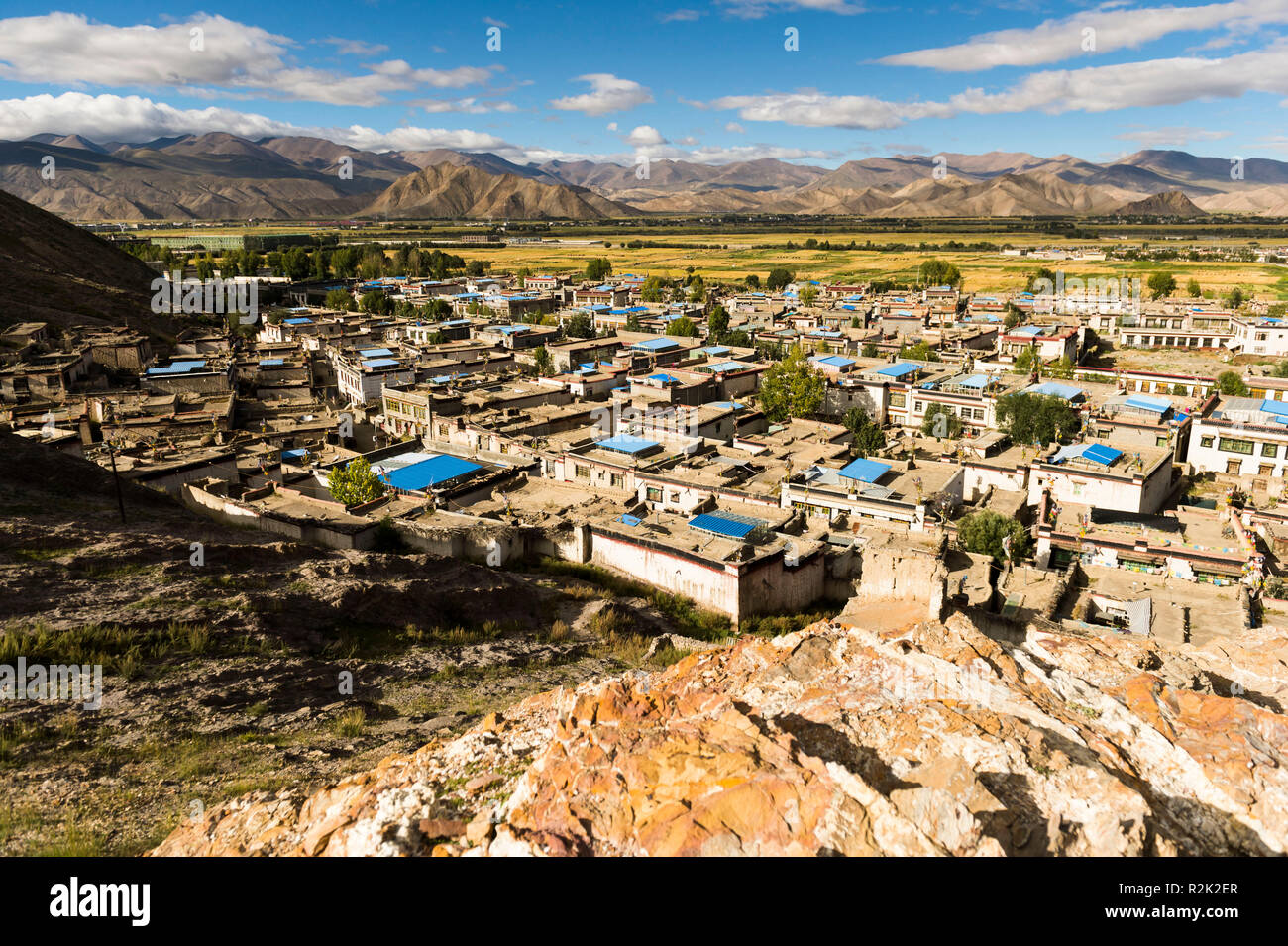 the old town of Gyantse - Stock Image