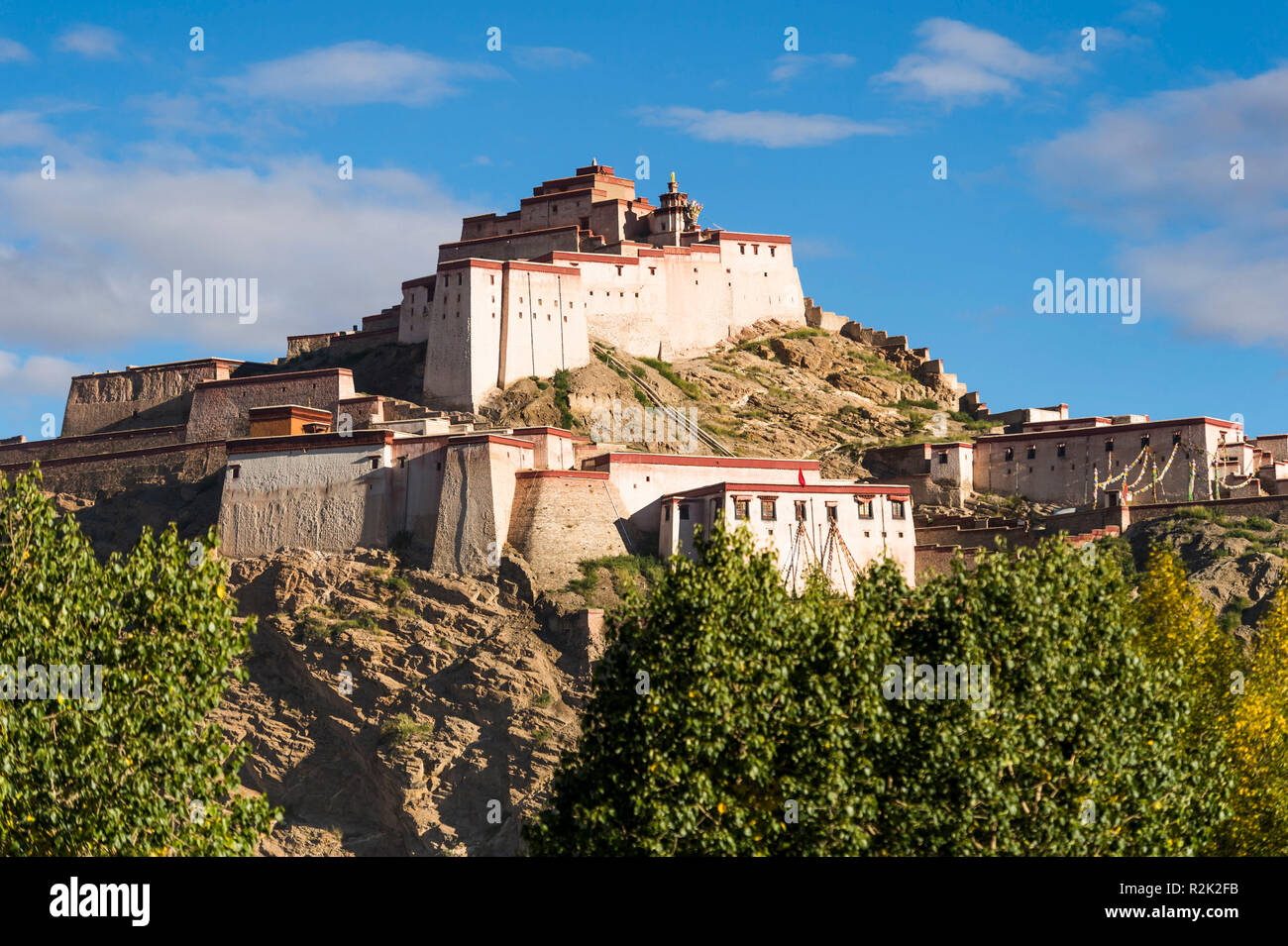 Gyantse, the fortification Dzong - Stock Image