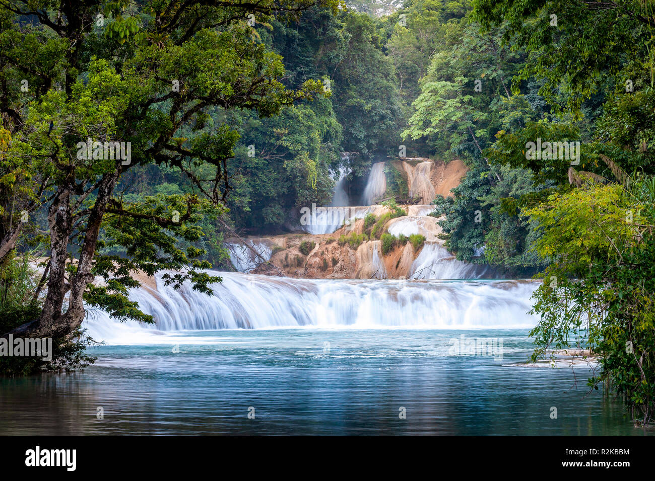 Upper series of falls at Agua Azul, Chiapas, Mexico. - Stock Image