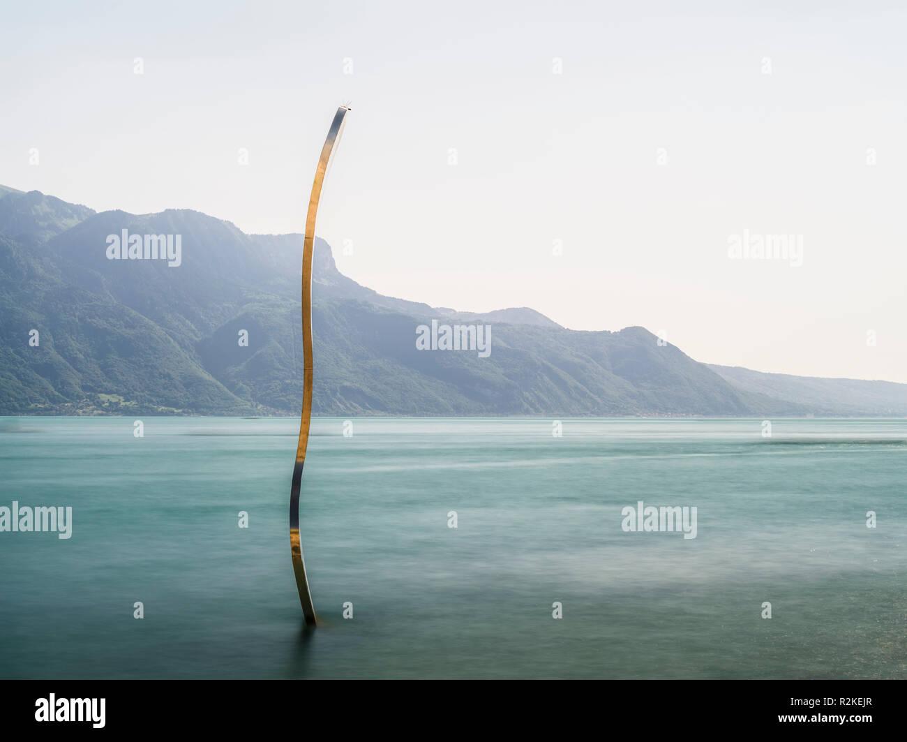 Abstract interpretation of the fork in Lake Geneva at Vevey - Stock Image