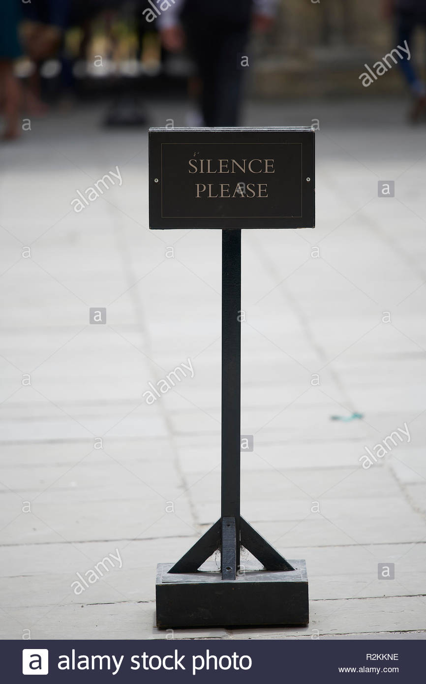 Silence Please sign at The Sheldonian Theatre and Clarendon Building in Oxford Stock Photo