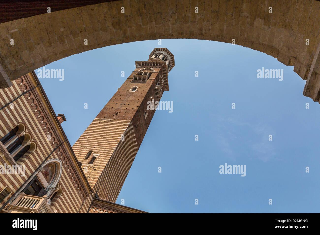 Torre dei Lamberti, historic lookout tower, Palazzo del Mercato Vecchio, Palazzo della Ragione, Piazza dei Signori, Verona, Veneto, Italy, Europe - Stock Image