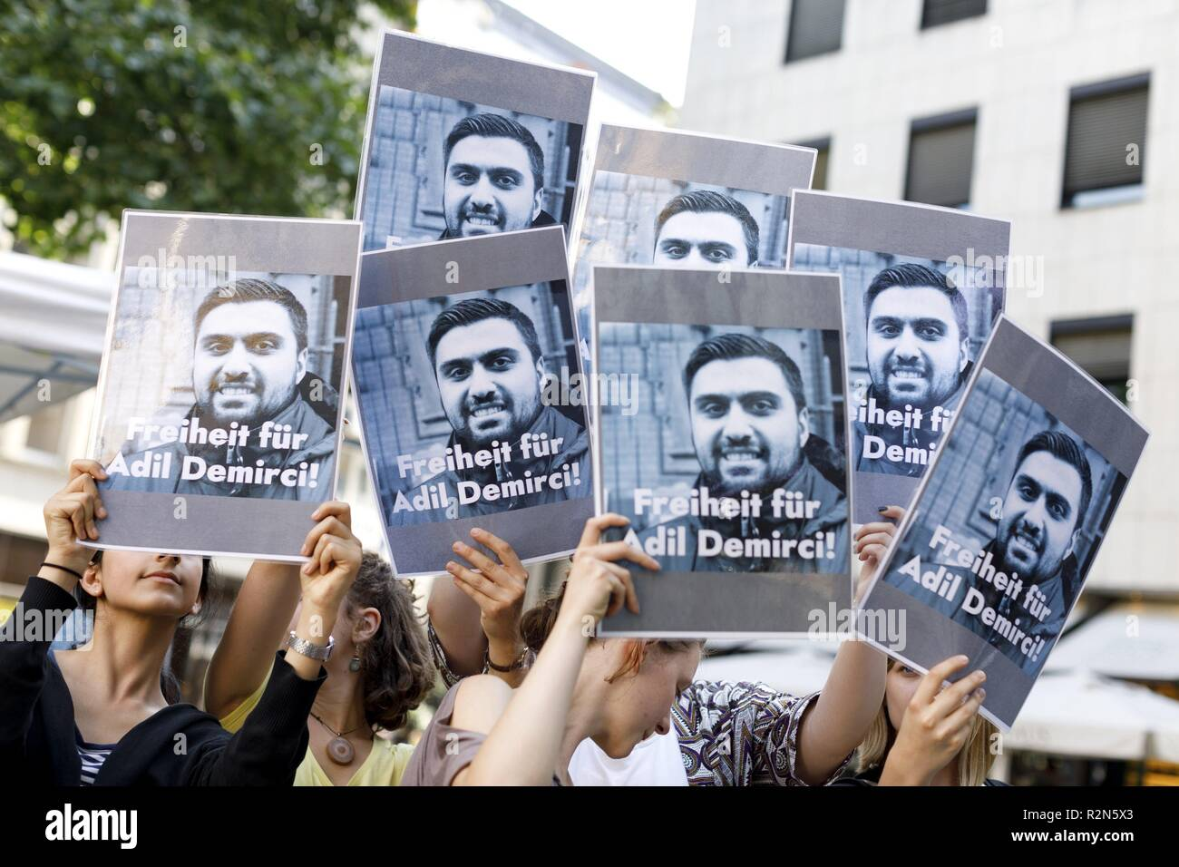 FILED - 06 June 2018, North Rhine-Westphalia, Köln: Demonstrators demand the release of Adil Demirci, a journalist detained in Turkey. (to dpa again German in Turkey before court to 20.11.2018) Photo: Christoph Hardt/Geisler-Fotopres/Geisler-Fotopress/dpa - Stock Image