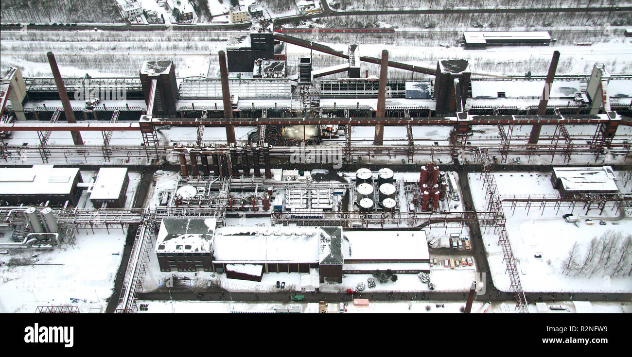 Aerial view, opening of the Ruhr2010, Essen, European Capital of Culture, Aerial view, Zeche Zollverein, UNESCO World Heritage Site, former colliery, Zollern X, snow, mining, Route of Industrial Heritage, Ruhr Cultural Festival 2010, Essen, Ruhr area, Beginning, Opening, Ruhr2010, Zollverein Coal Mine Essen, North Rhine-Westphalia, Germany, Europe, - Stock Image
