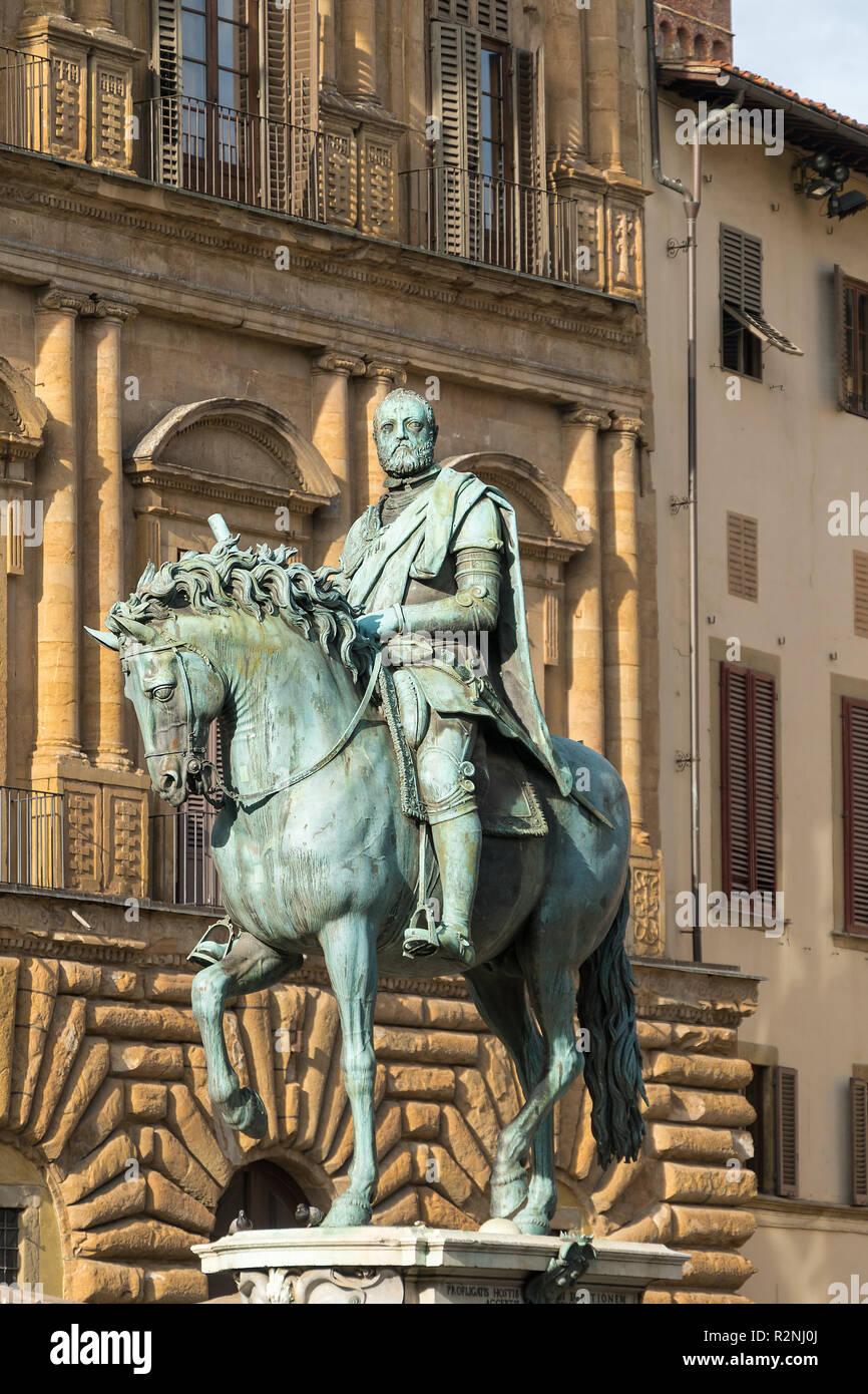 Florence, Piazza della Signoria, equestrian statue, Statua equestre di Cosimo - Stock Image