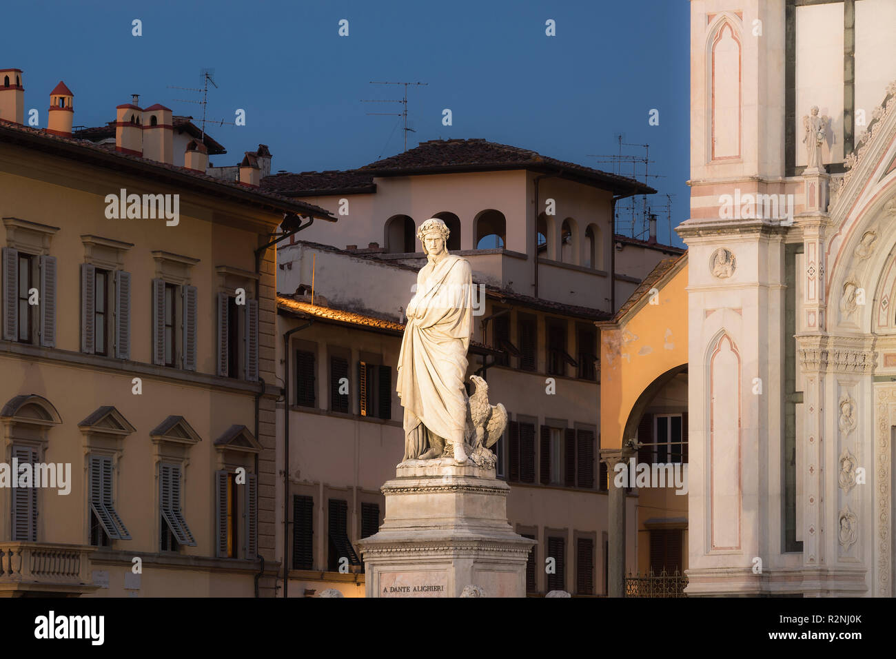 Florence, Piazza di Santa Croce, Dante Monument, blue hour - Stock Image