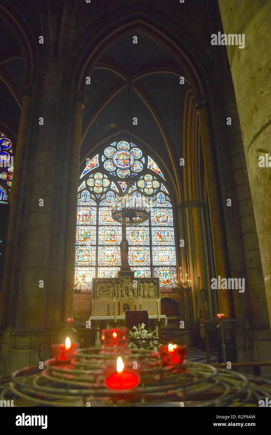Interior of the Cathedral of Notre Dame de Paris, Ile de la Cite, Paris, France.Innenraum der Kathedrale von Notre Dame de Paris, Ile de la Cite,Paris - Stock Image