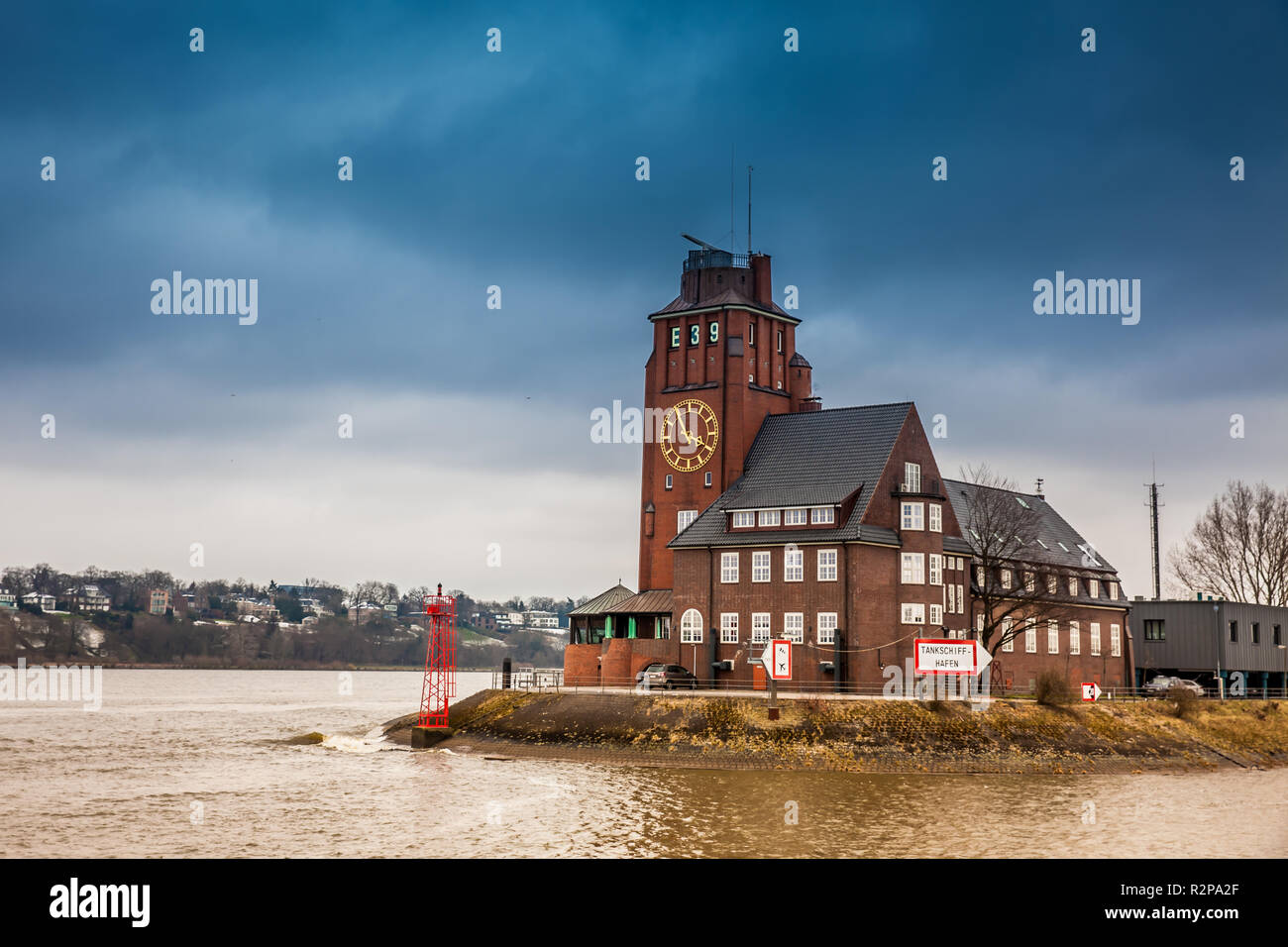 Navigator Tower at Finkenwerder on the banks of the Elbe river in Hamburg Stock Photo